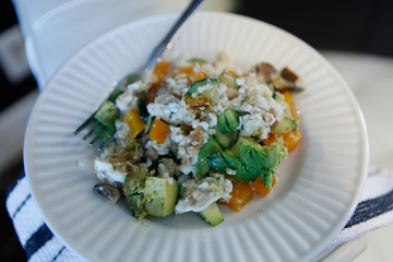 Egg White Scramble (With a Veggie & Protein Twist)!