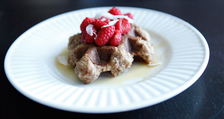 Almond & Coconut Waffles, a Paleo recipe!