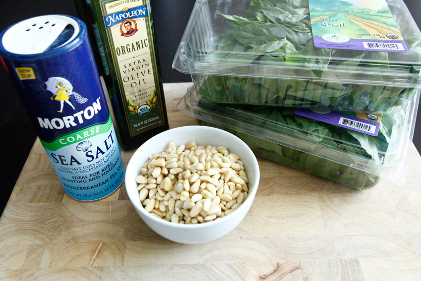 How to make homemade Paleo Pesto!