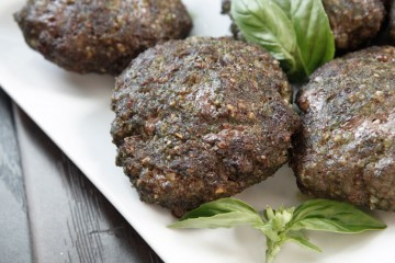 Paleo Beef and Pesto Burgers!