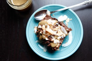 Brownies with Caramel & Toasted Coconut Flakes, a Paleo recipe!
