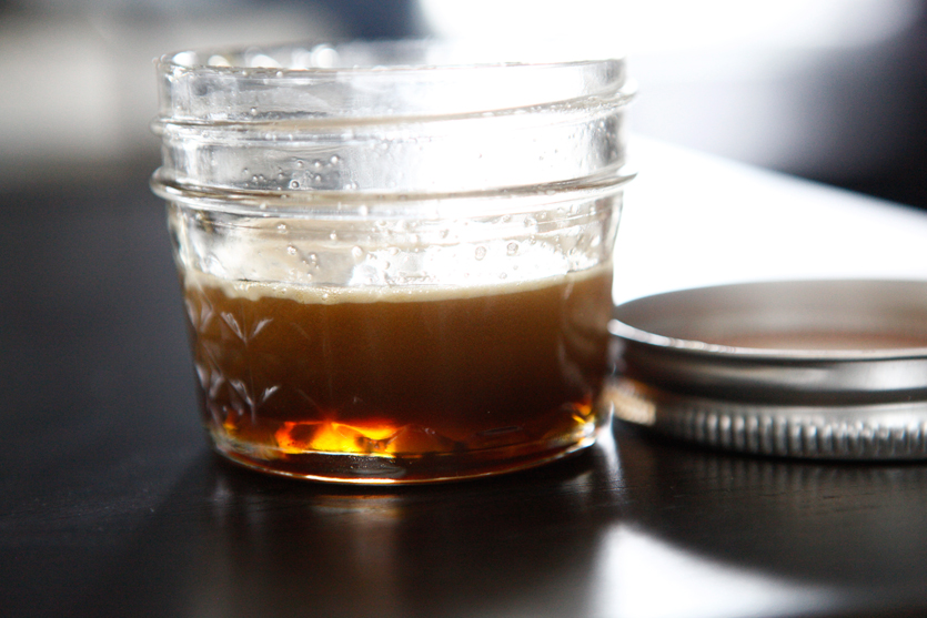 How to Prepare a 3-Ingredient Caramel Sauce!