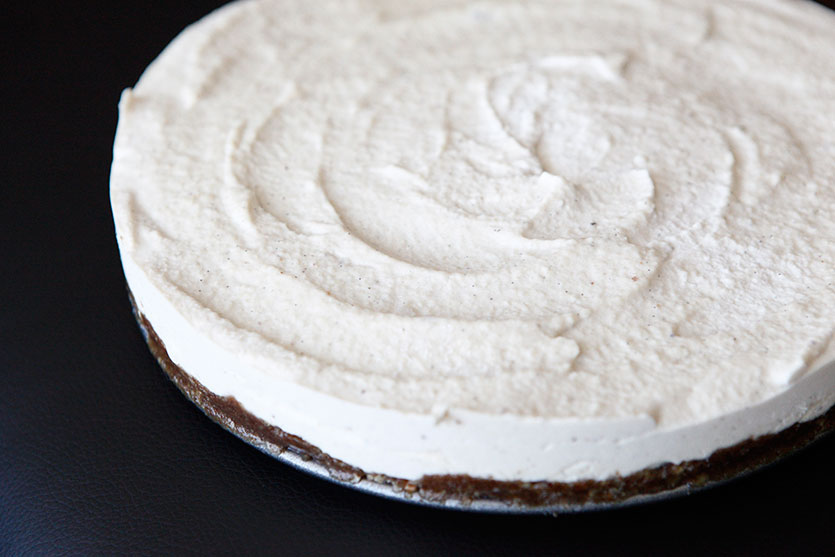 RAW Vanilla Bean Cheesecake recipe!