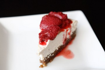 RAW Vanilla Bean Cheesecake recipe!