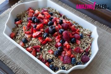 Paleo Nut 'n' Berry Crunch recipe!