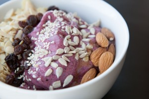 Healthy Bowl - Very Berry Banana recipe!