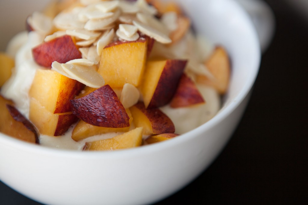 Healthy-Bowl-Pineapple-Cooler-1
