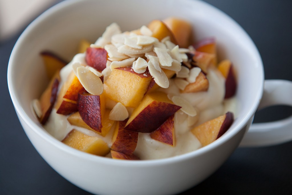 Healthy-Bowl-Pineapple-Cooler-3