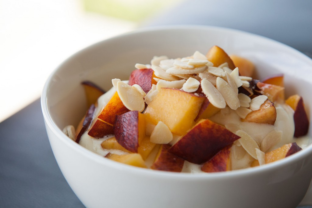 Healthy-Bowl-Pineapple-Cooler-4