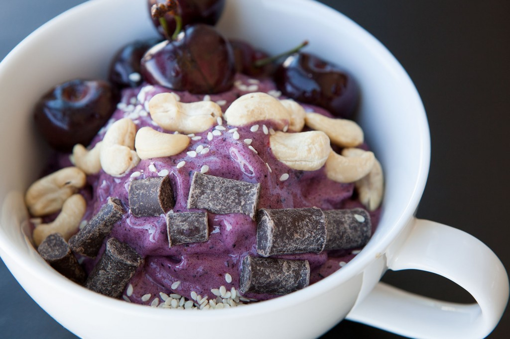 Healthy-Bowl-Blackberry-Bliss-with-Cherries-on-Top-5