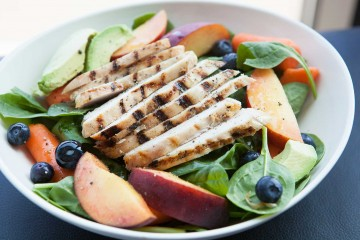 Spinach, Peaches and Chicken Summer Salad recipe!
