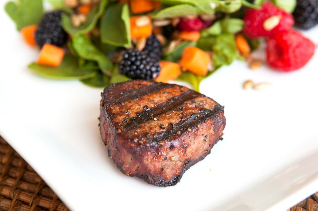 Seared Filet Mignon with Spinach and Berries Salad